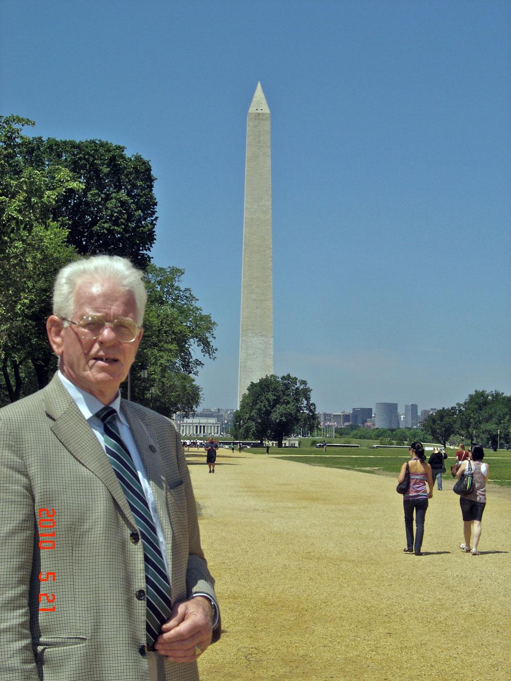 Bill-in-Washington